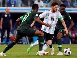 Obi Mikel sería muy apetecible si logra dejar China. EFE