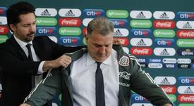 Martino citó a 26 futbolistas. EFE
