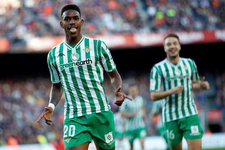 Junior dejó su futuro en el aire tras el Europeo. Twitter/Betis