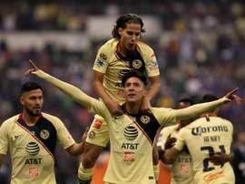 Edson Álvarez podría ser la nueva estrella mexicana del PSV. EFE/Archivo