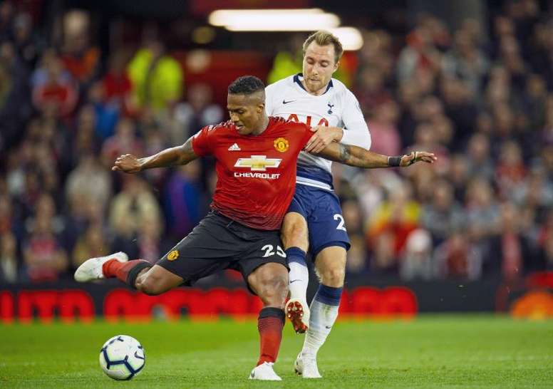 Antonio Valencia devrait quitter Old Trafford. AFP