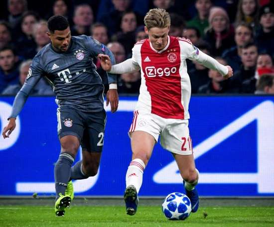 De Jong lascerà l'Ajax in estare. EFE/Archivo
