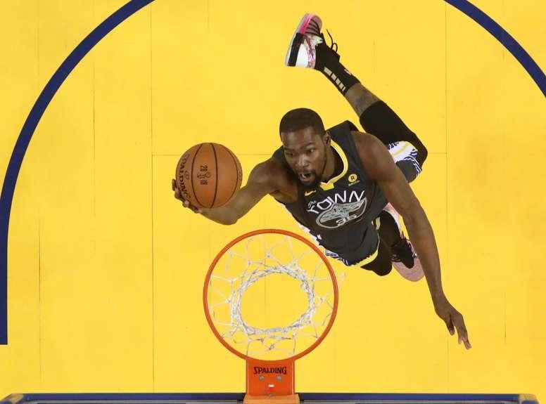 En la imagen, el alero Kevin Durant de los Golden State Warriors. EFE/Archivo