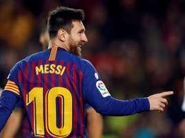 Messi podría ser el arma de urgencia para remontar. EFE