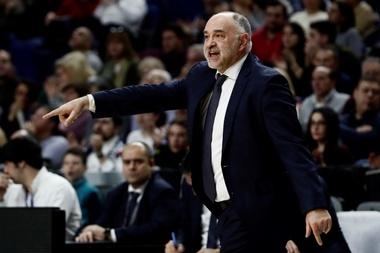 El entrenador del Herbalife Gran Canaria, Victor García, analizó hoy en rueda de prensa el partido que su equipo disputa este jueves contra el Fenerbahce turco en la 19 jornada de la Euroliga, en el Gran Canaria Arena. EFE