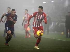 Santiago Arias denies receiving a call from Everton. EFE