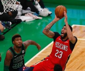 Anthony Davis (d) de New Orleans Pelicans. EFE/Archivo