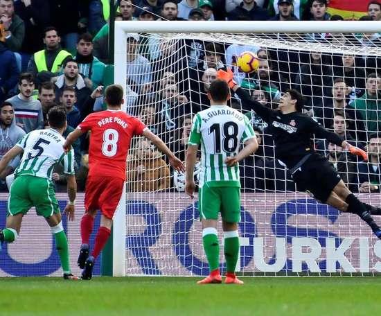 Tello firmó su segundo gol de falta. EFE