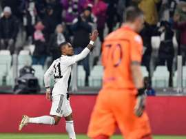 Douglas Costa could be on the move this summer. EFE