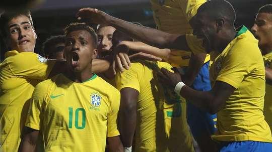 O presidente do Santos garantiu que o Real não se enganou ao contratar Rodrygo. EFE