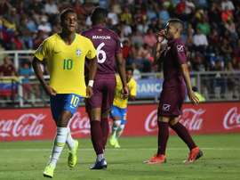 Rodrygo célèbre déjà ses buts avec Sampaoli. EFE