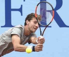En la imagen, el tenista argentino Renzo Olivo. EFE/Archivo