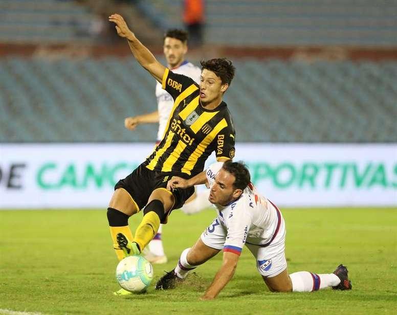 Peñarol venció en la Supercopa Uruguaya. EFE