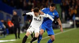 Gameiro se fue lesionado ante el Getafe. EFE