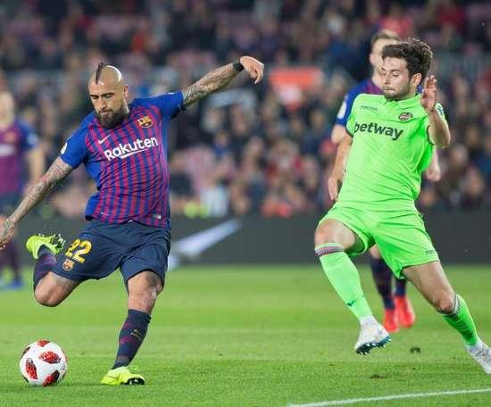 Arturo Vidal réalise une belle année à Barcelone. EFE