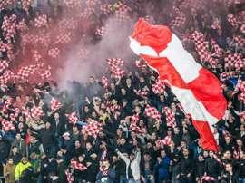 Hubo lío en la última visita del PSV a la capital española. EFE