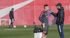 El Sevilla viaja a Barcelona con varias bajas sensibles. EFE