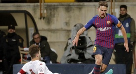Valencia are looking to seal a deal for Denis Suárez. EFE