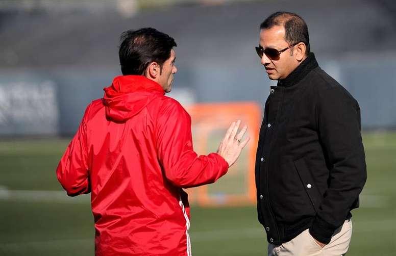 Murthy prometió un nuevo estadio. EFE