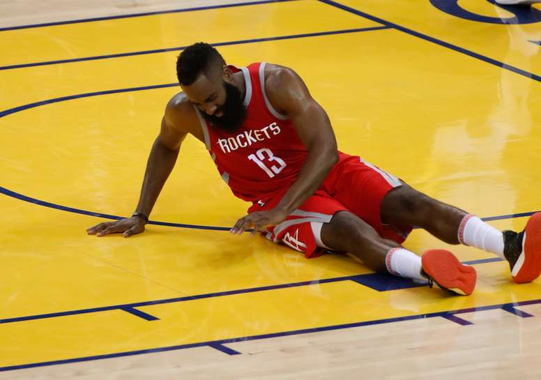El escolta James Harden. EFE/Archivo