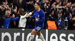 Tacle glissé d'Hazard à Tottenham pour son nouveau stade. EFE