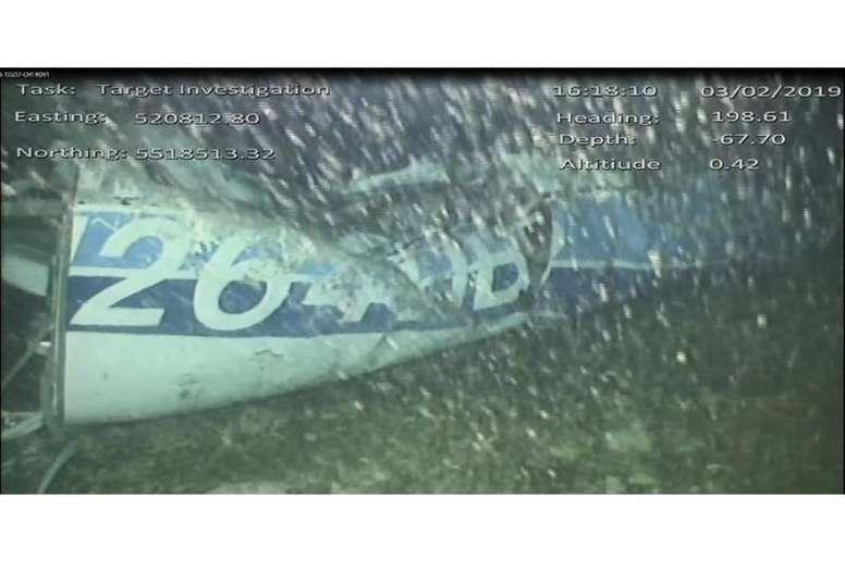 El cuerpo encontrado dentro del fuselaje ha sido recuperado. EFE