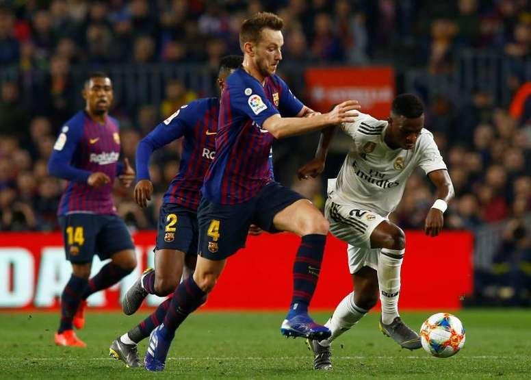 El Real Madrid, desahuciado hace meses, está de nuevo en la lucha por el campeonato. EFE