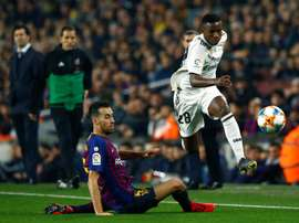 Vinicius has moved to clarify his comments on Messi. EFE