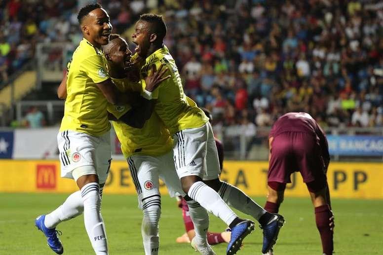 Colombia vuelve a meterse en la pelea. EFE