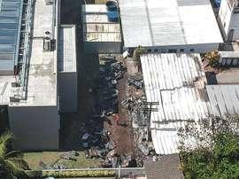El estado de carbonización de los restos dificulta la identificación de las víctimas. EFE