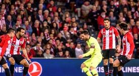 El Athletic logró maniatar bien a Leo Messi. EFE