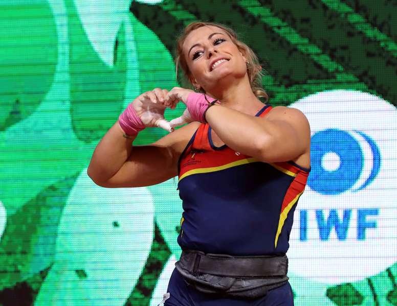 La leonesa Lydia Valentín ha sido elegida por segundo año consecutivo mejor halterófila del año . EFE/Archivo