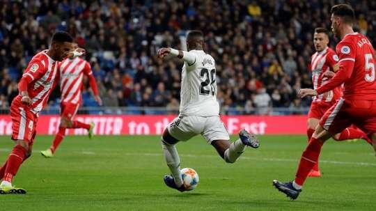 Vinicius foi suplente no jogo frente ao Girona. EFE