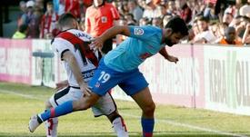 Mario Suárez se enfrentó a su ex equipo en Vallecas. EFE