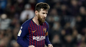 Messi netted three times to secure victory for Barca. EFE