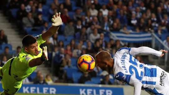 There is talk of Porto completing a deal for Geronimo Rulli (L).