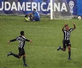 Botafogo ya está en 1/16. EFE