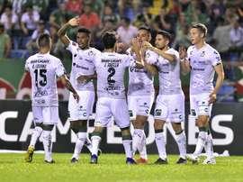 Al CM de Santos se le fue la cabeza con los cuatro goles en 9 minutos... EFE
