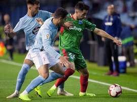 El Alavés quiere afianzarse en Europa; el Celta, huir de la zona baja de la tabla. EFE