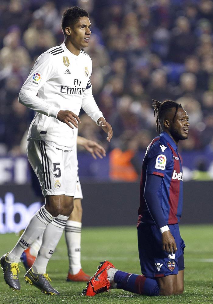 PSG consider Verane as Neymar replacement. EFE