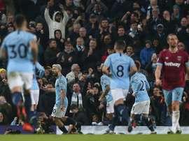 O City venceu com um golo de Agüero de penalti. EFE