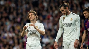 Both Bale and Modric picked up injuries to add to RM's injury crisis. EFE