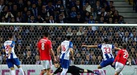 El Benfica y el Oporto, frente a frente. EFE
