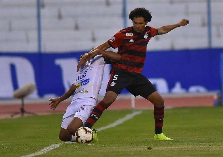 Willian Arão admite mudanças no Flamengo com Torrent. AFP