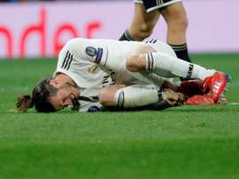 Bale goes down injured against Ajax. EFE/Archive