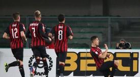 Krzysztof Piatek dio el triunfo al Milan en Verona. EFE/EPA