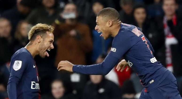 Neymar was full or praise for Eden Hazard and Kylian Mbappé. EFE