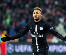 Paredes falou sobre a permanência de Neymar no PSG. EFE