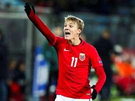 Odegaard podrá brillar ante España. EFE