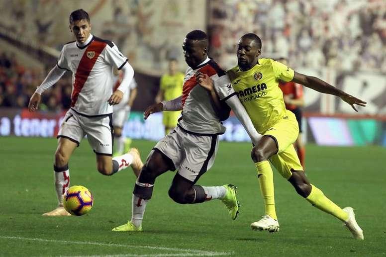 Rayo y Villarreal se juegan la permanencia. EFE